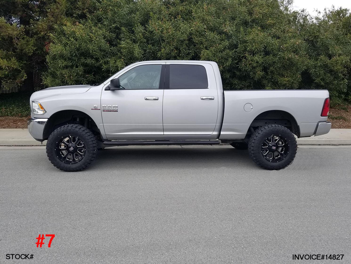 14827-2017 RAM 2500 CREW CAB